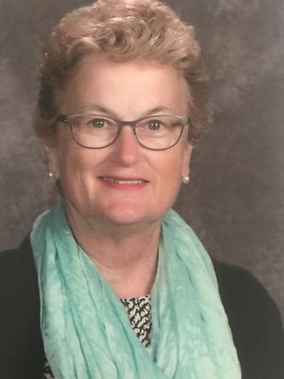 Evans-Becker announces run for Robbinsdale School Board
