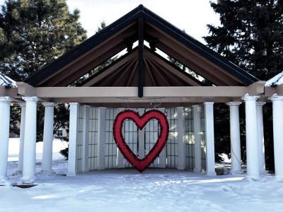 Sweethearts, visit the giant heart in Osseo