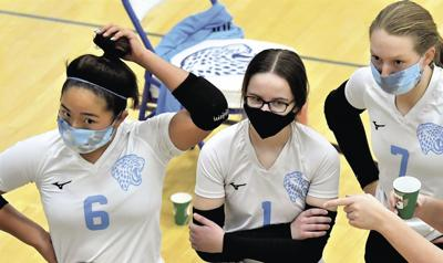Volleyball teams wrap up unusual fall season early