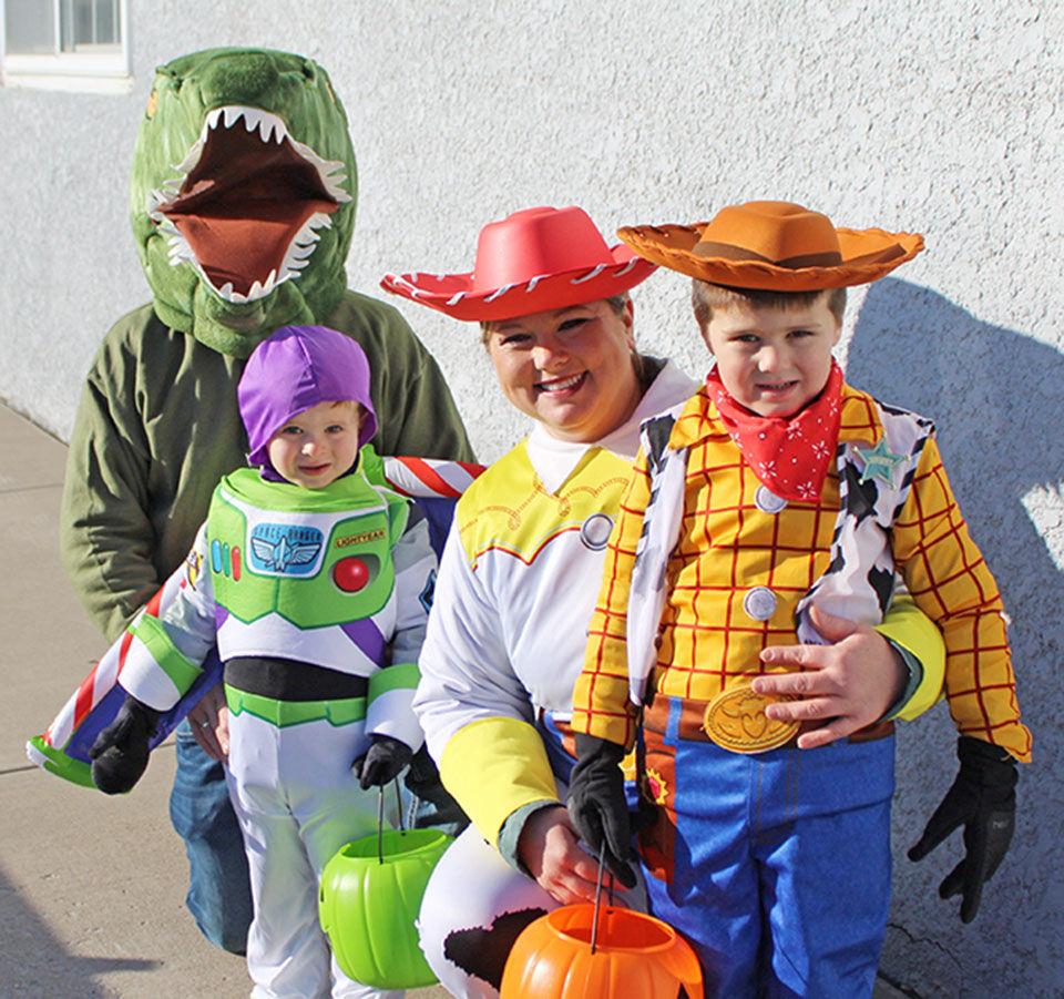 Halloween-Schraut-INT.jpg