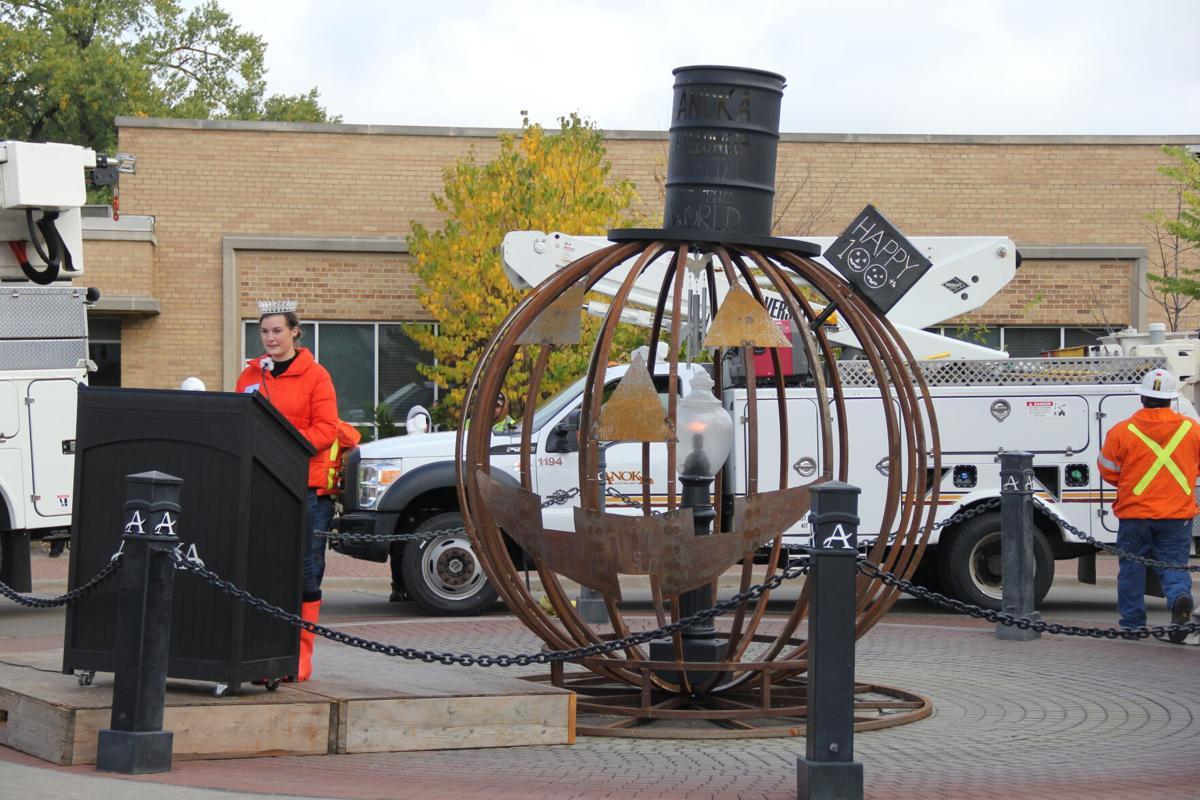 ank pumpkin sculpture-2.JPG