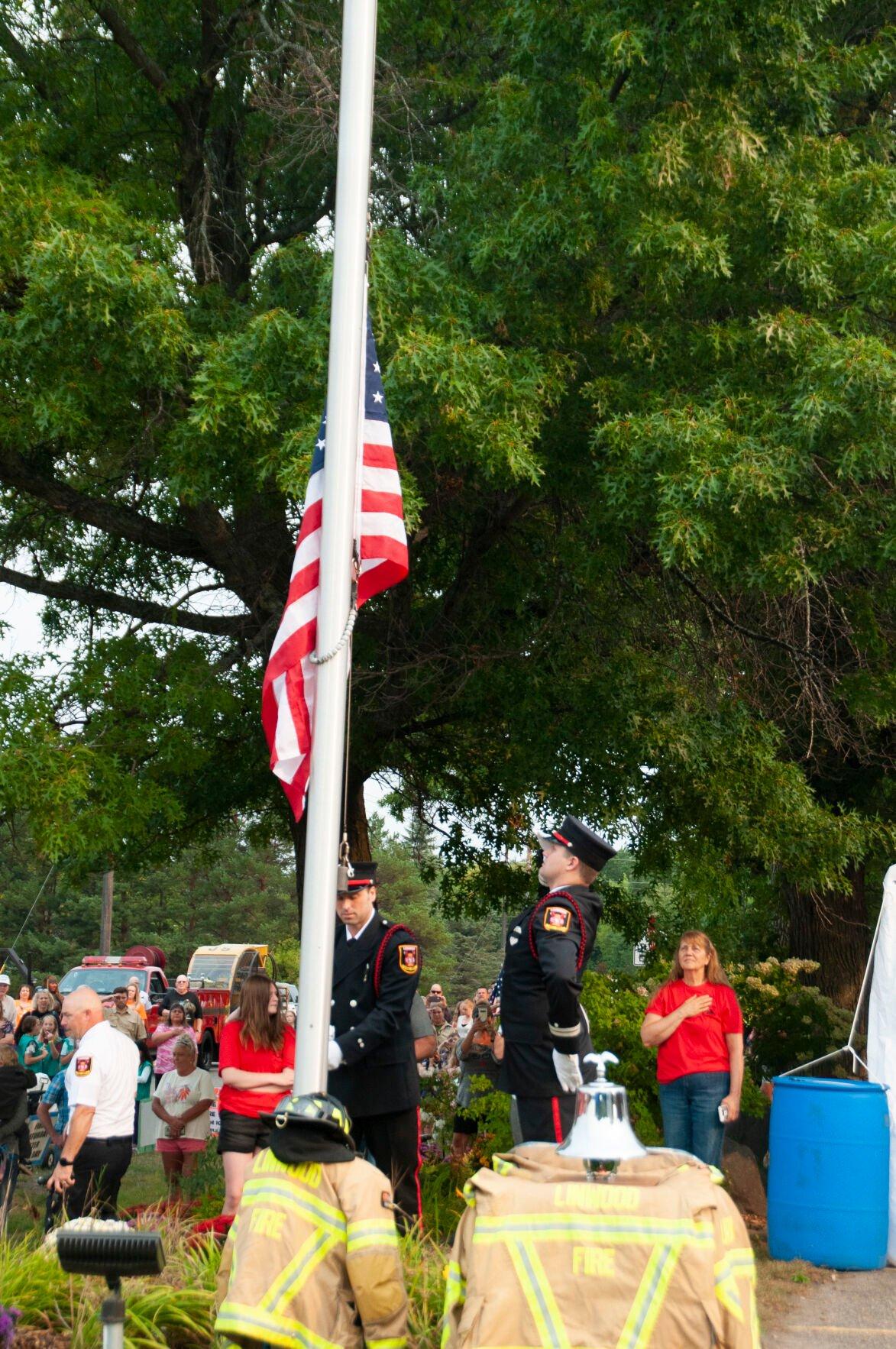 9_11 flag raising01.jpg