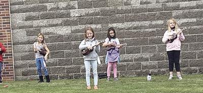 SG music-ukuleles