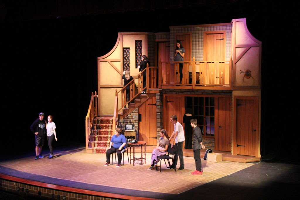 Eastview High School to perform 'Noises Off'