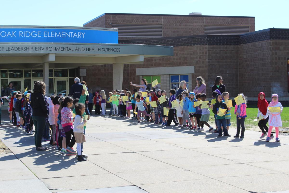 Oak Ridge students shine at Leadership Day | Eagan
