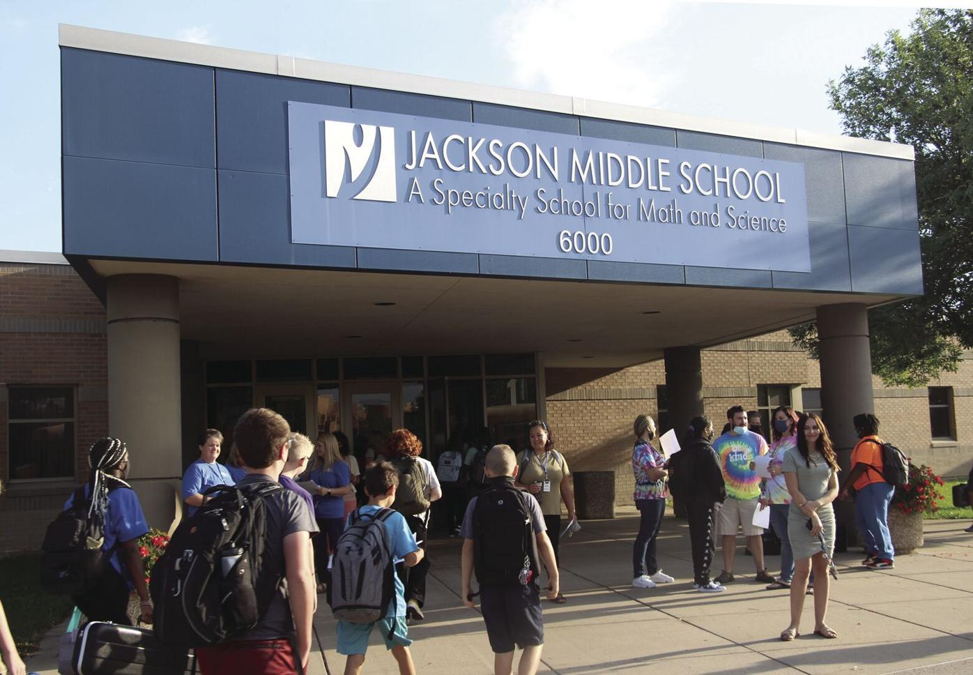 Students head back to school