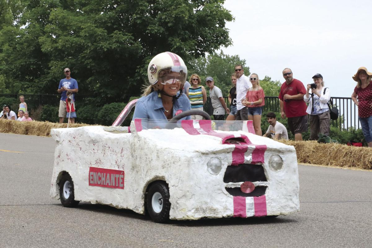 Derby Enchante' car Sarah Stratte Quickel.jpg