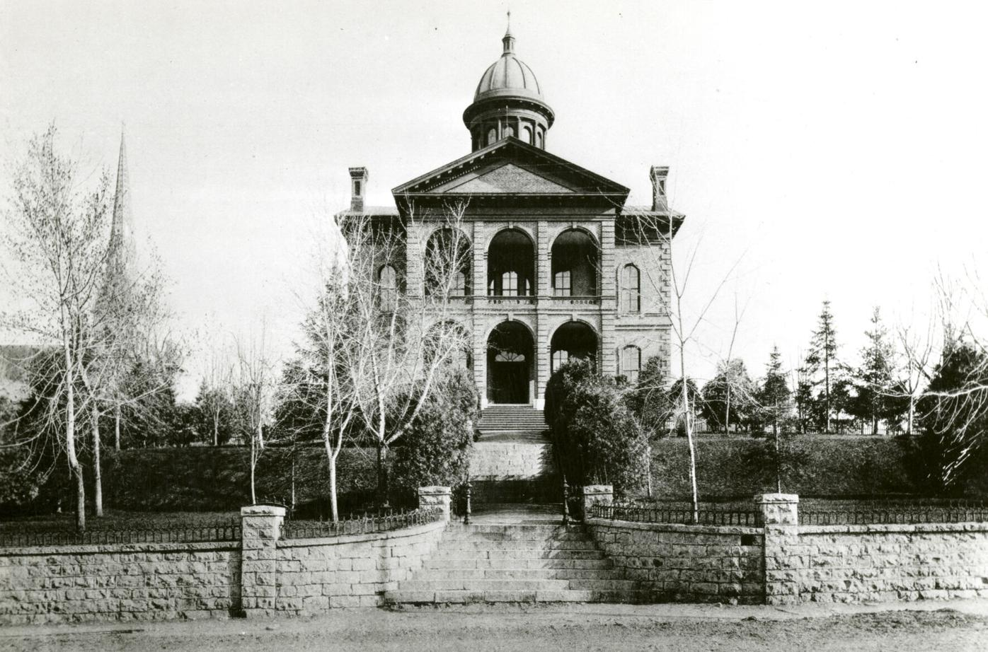 0108-Zion's Hill - Washington County Courthouse ca. 1885.jpg