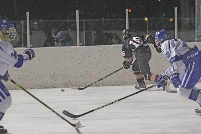 Sports P BHOC Tigers lose skates.jpg