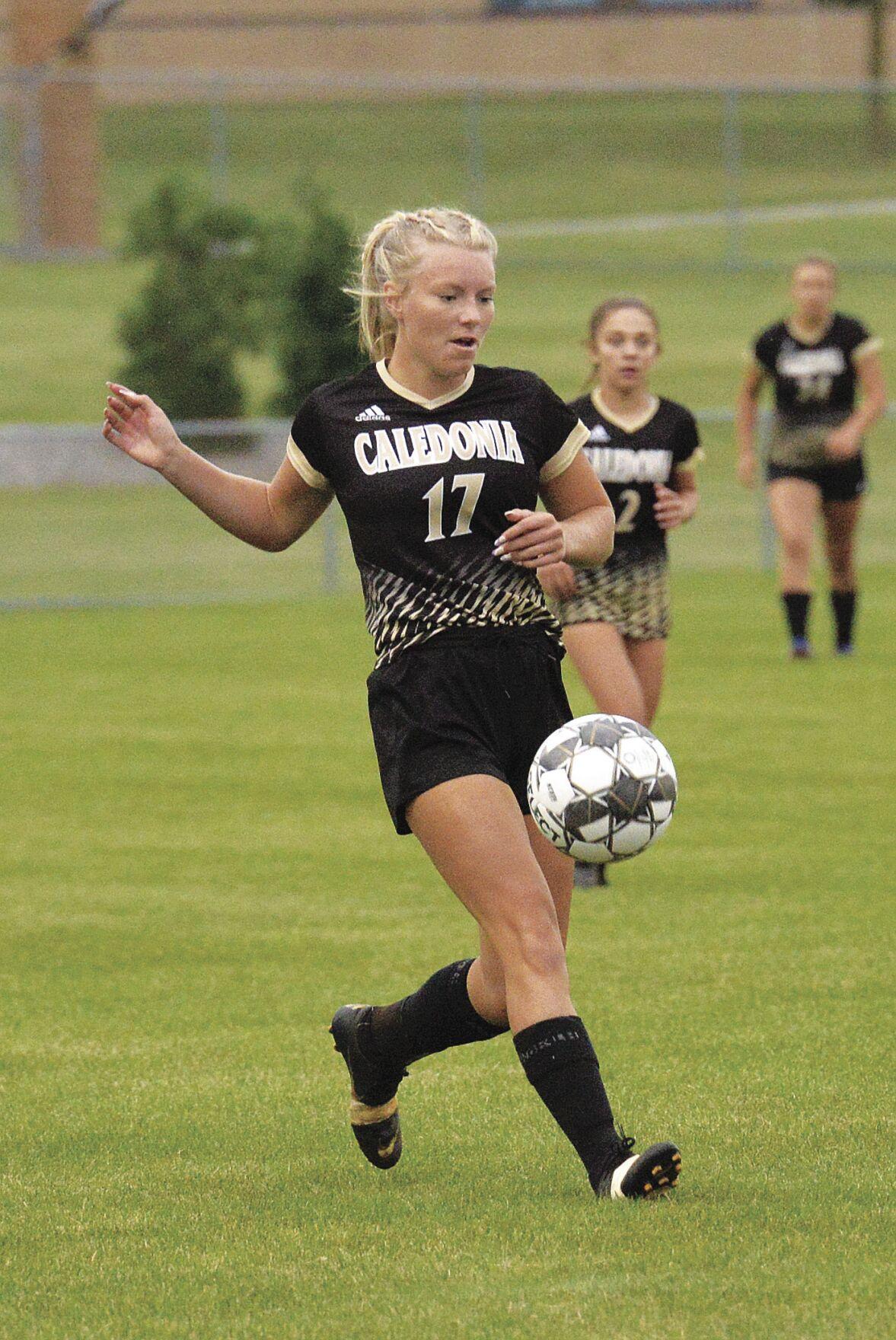 Cal soccer-Cameryn Kruse