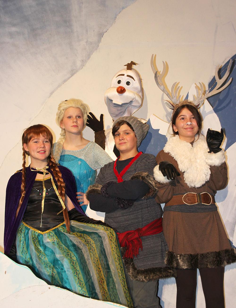 Download Frozen Sven Costume Pics