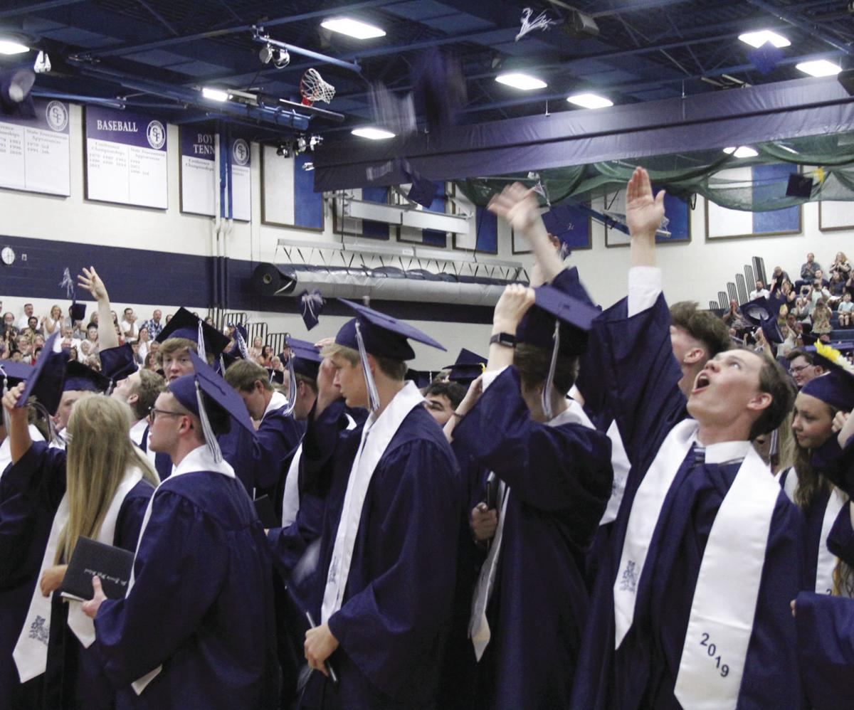 SF_2019_graduation_17_CMYK.jpg