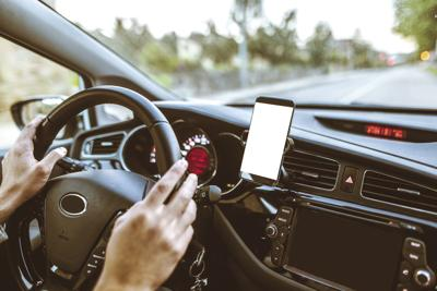 cellphone driving.jpg