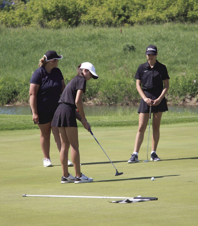 Crimson golf secures section championships