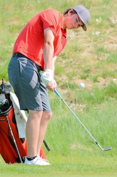 Sports M Boys Golf at Sections Austen Marudas.JPG