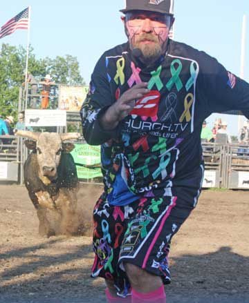 Rodeo Clown Has Learned To Read The Bulls Local News