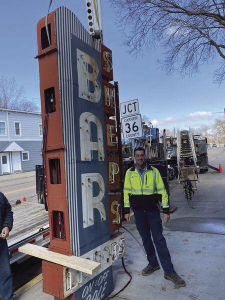 Sheps Bar sign removal 1.jpg