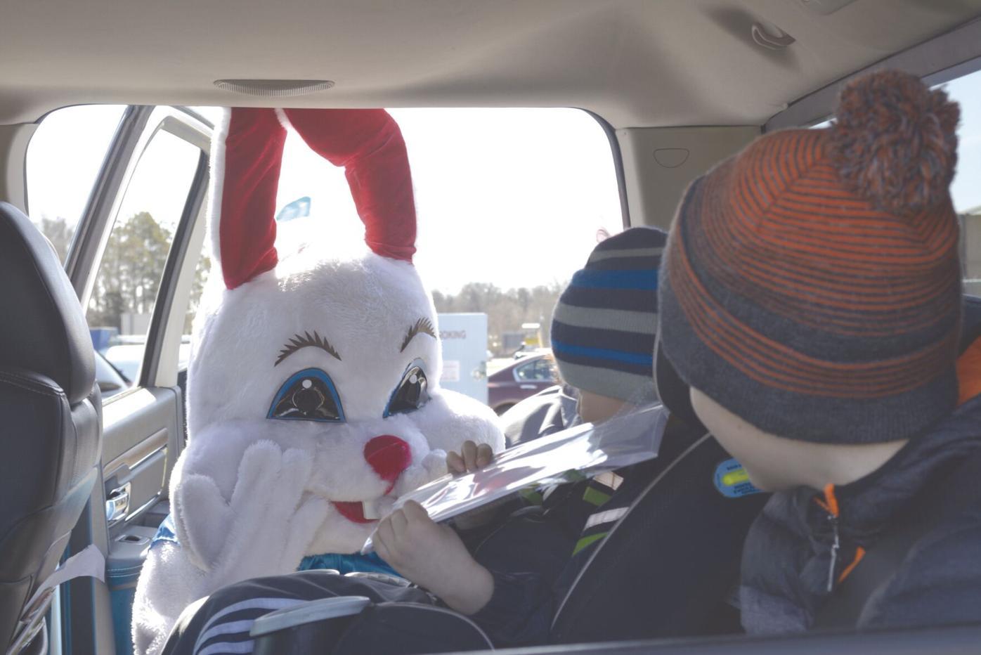 Easter bunny_2.jpg