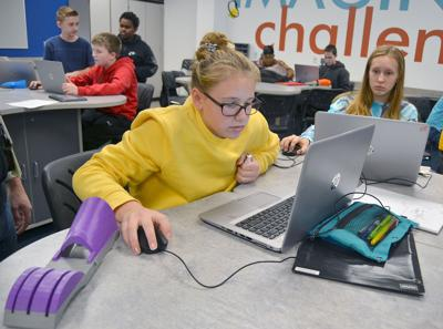 Valley Middle School students designing 3D-printed prosthetic