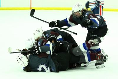 SP Anoka celebration of winning goal by 20 Anna Tollette (Flanary).JPG