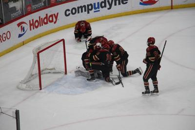 Eagles top Crimson boy hockey in thriller