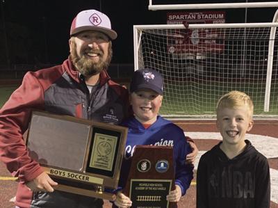 Harris earns state soccer coaches award
