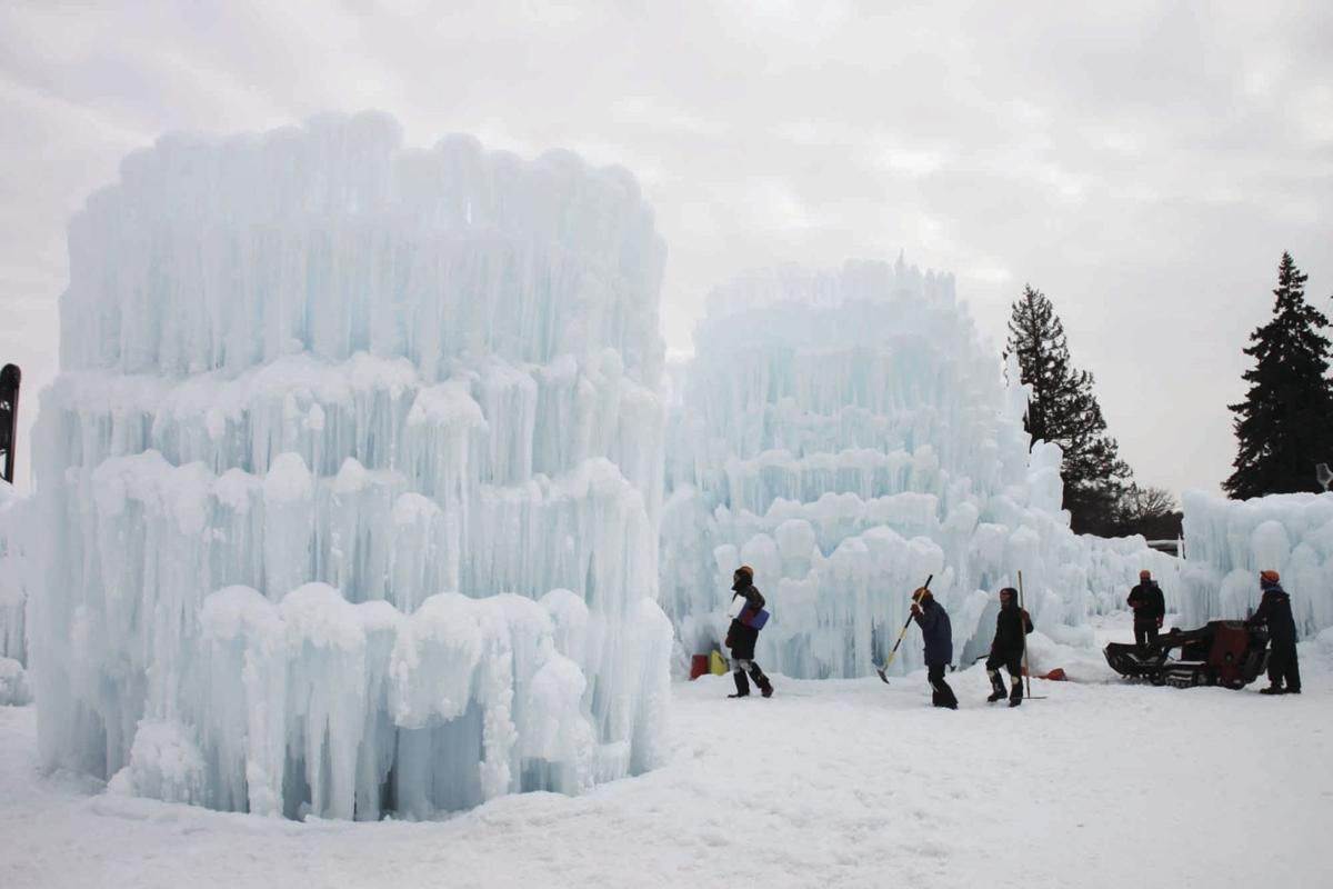 Ice castle returns to Stillwater this winter