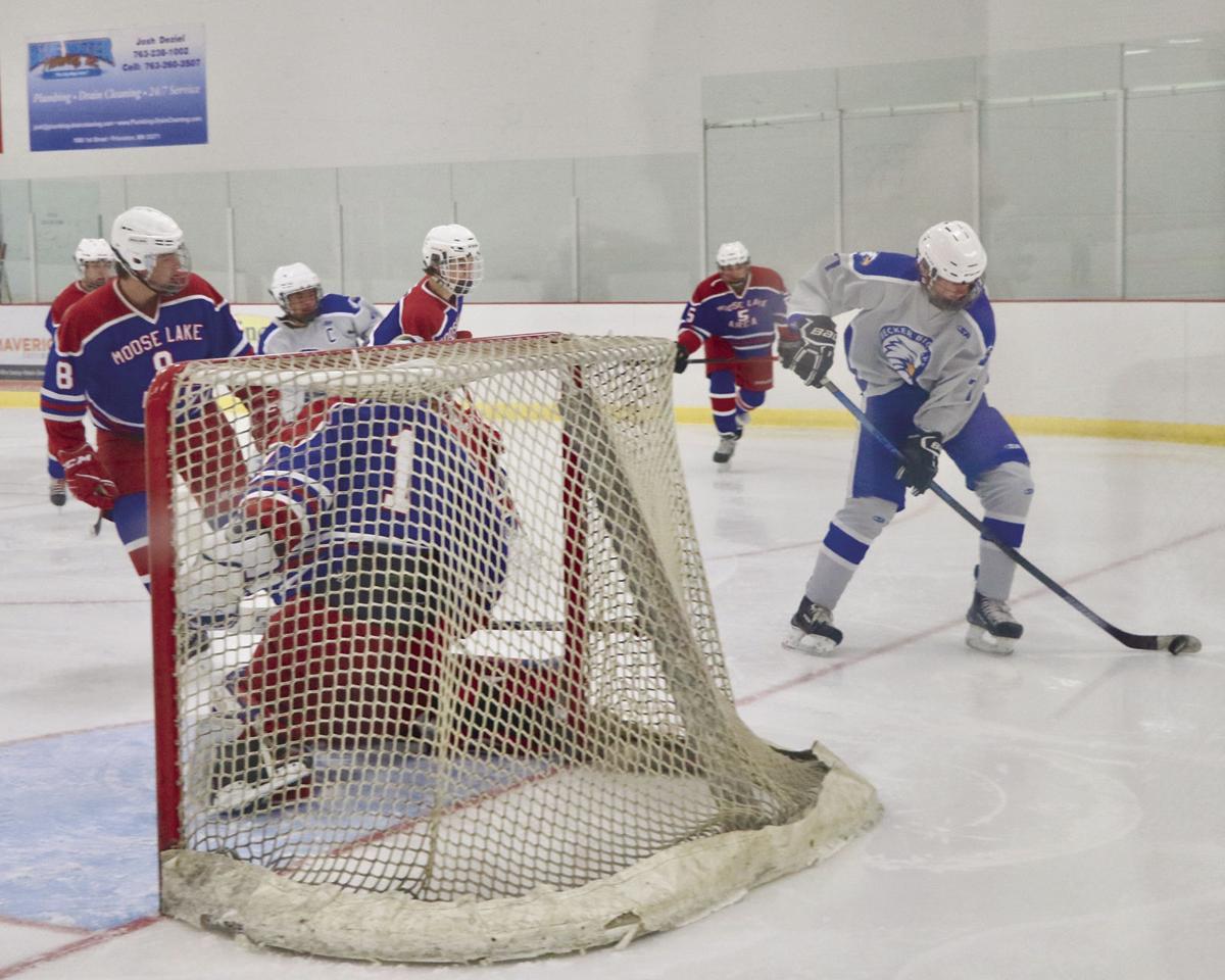 Becker Hockey Tyler Schmitt 11-26
