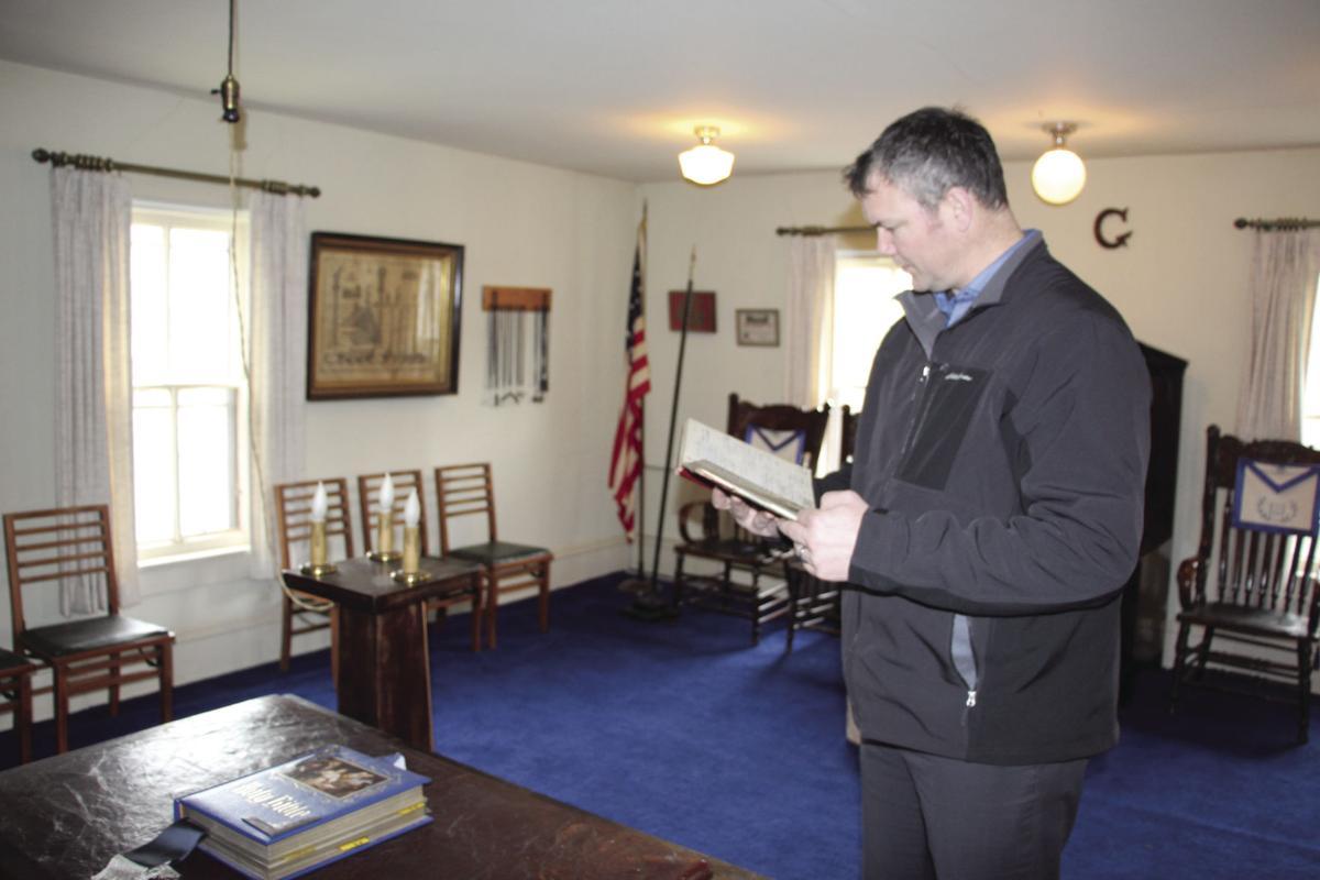 Masons Lodge master Bitschenauer.JPG