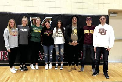 8 Crimson sign to play at colleges