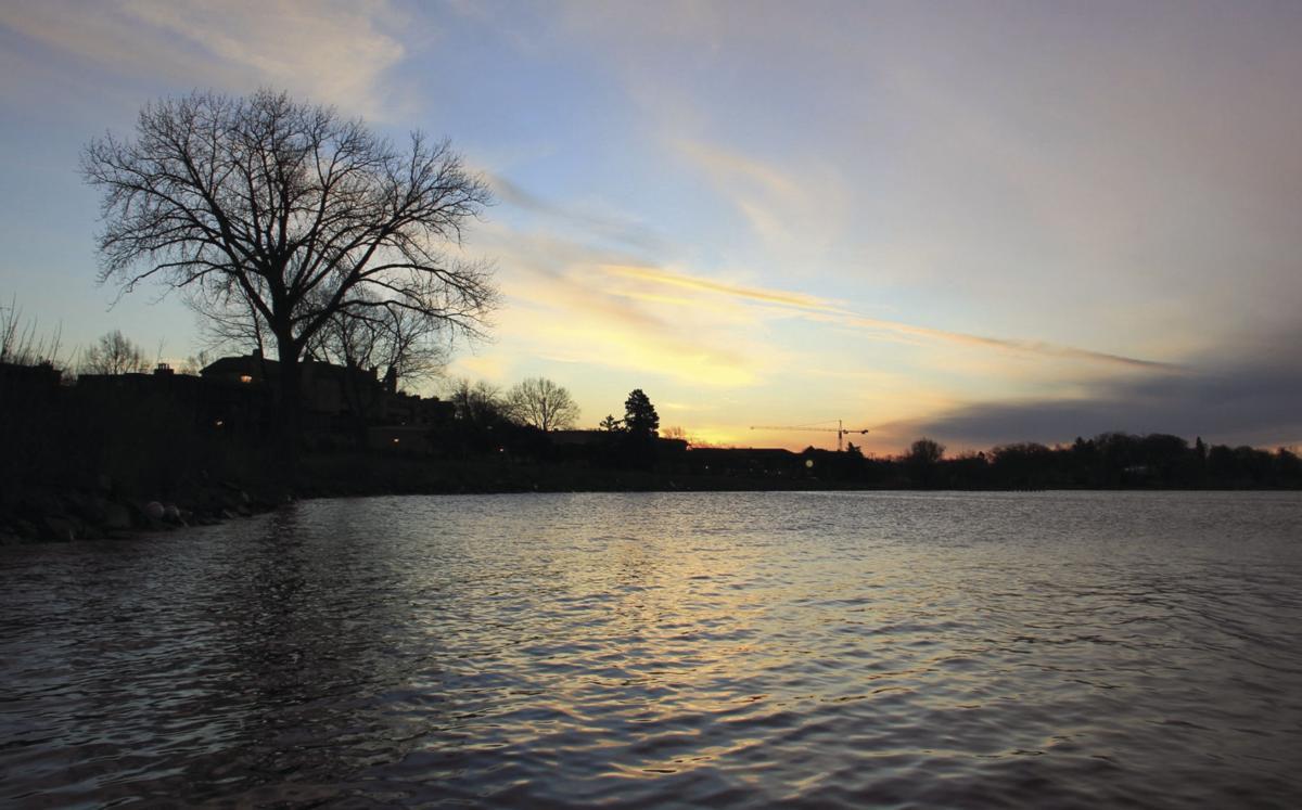 Battle against aquatic invasive species on Lake Minnetonka continues