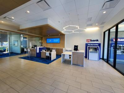 Monti US Bank 1