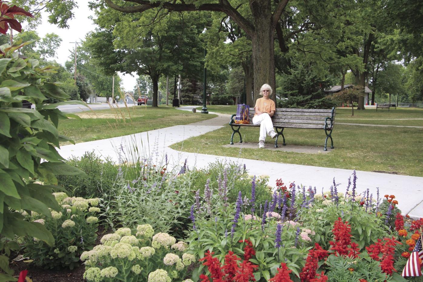 Linda Lurth park gardener.JPG