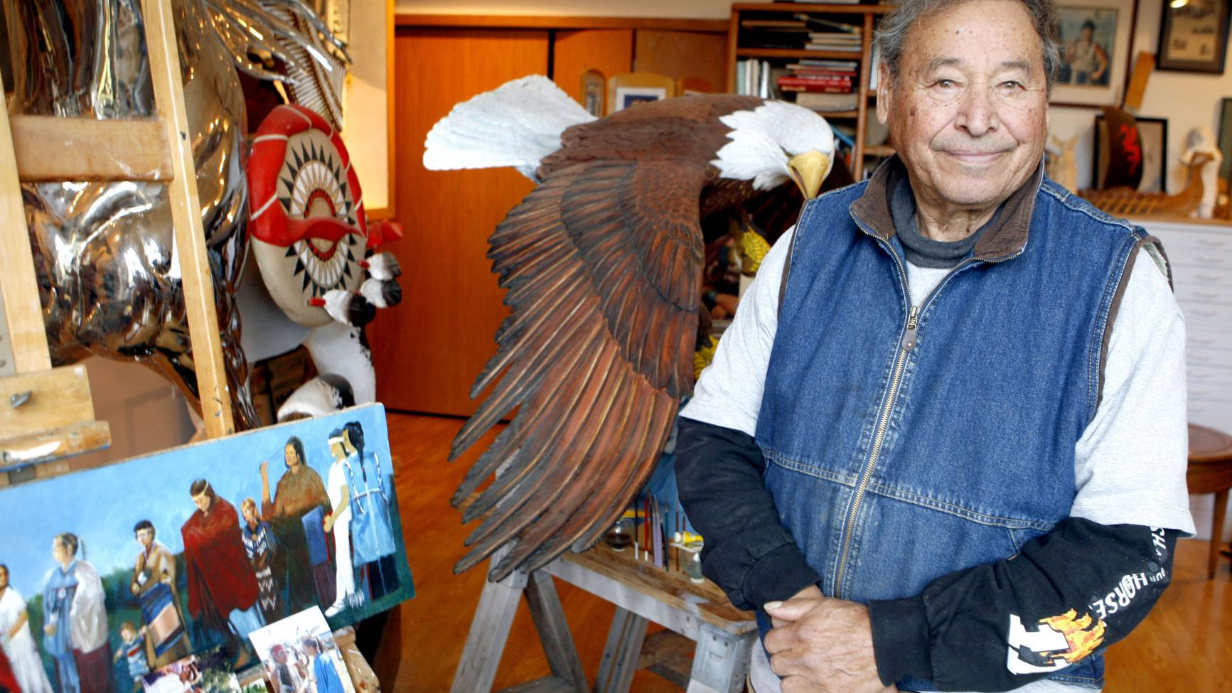 Renowned local sculptor and painter Harry Whitehorse dies at 90