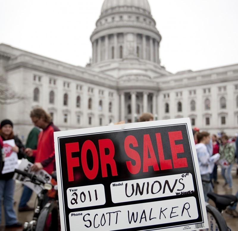 Anti-Walker sign