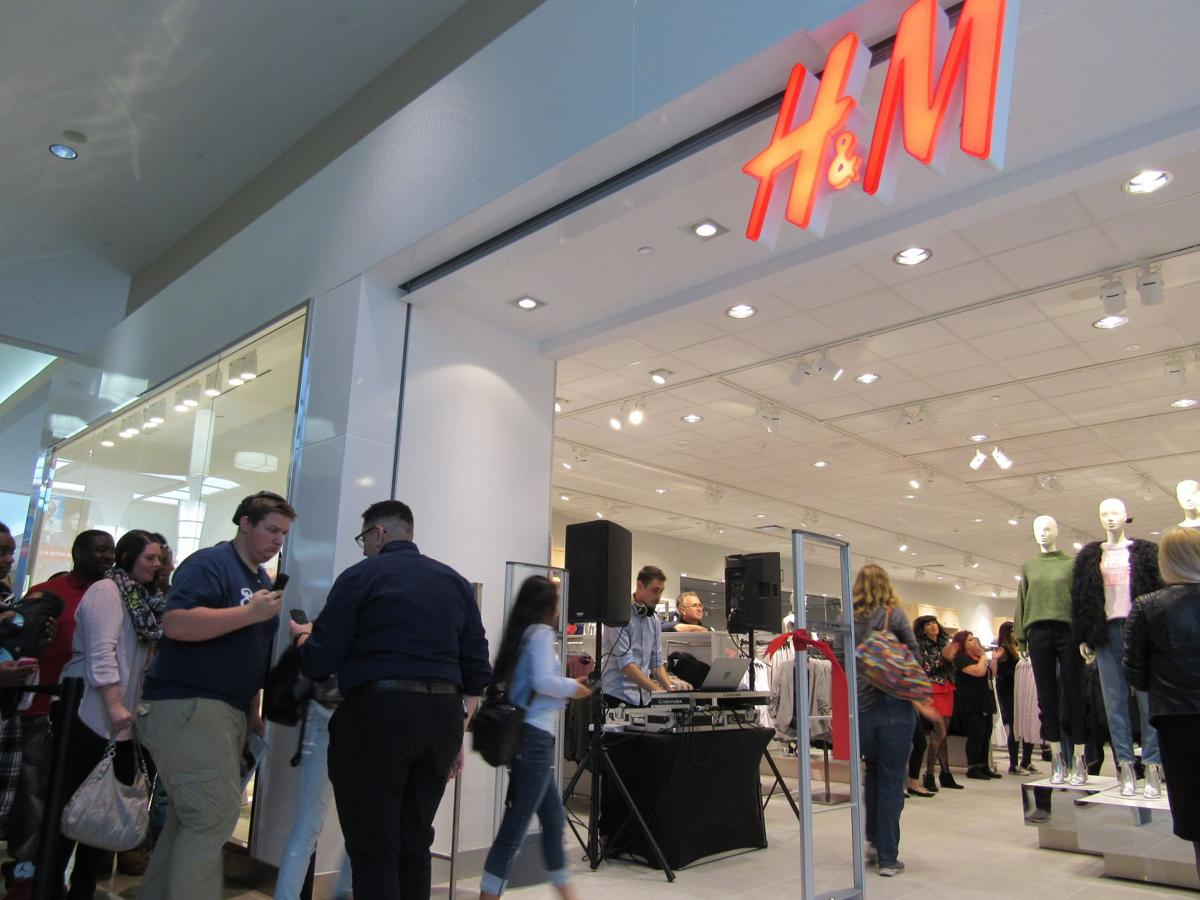 H&M opens at East Towne Mall