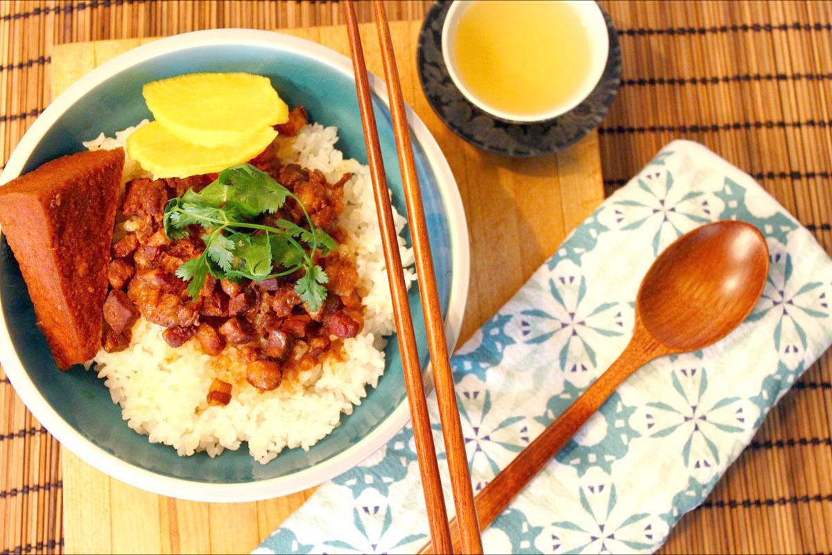 Braised pork over rice
