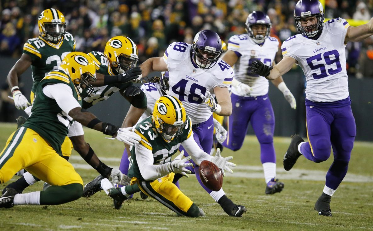Packers Tom Oates grades Green Bay s performance vs Minnesota