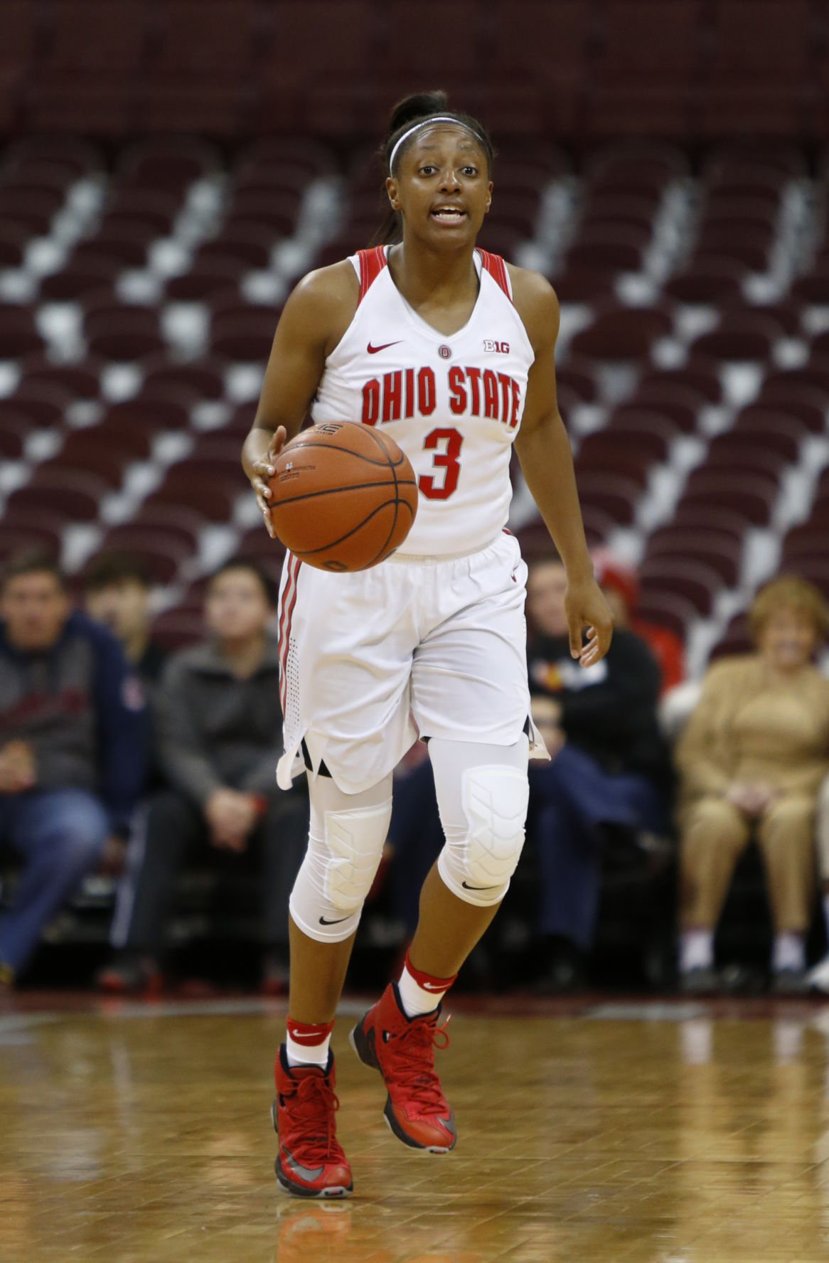 Badgers women's basketball: Kelsey Mitchell leads No. 14 ...