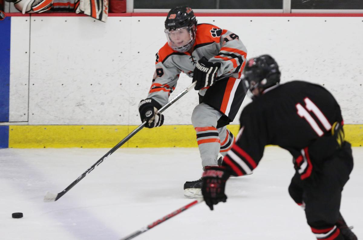 Prep boys hockey: Verona's Mack Keryluk