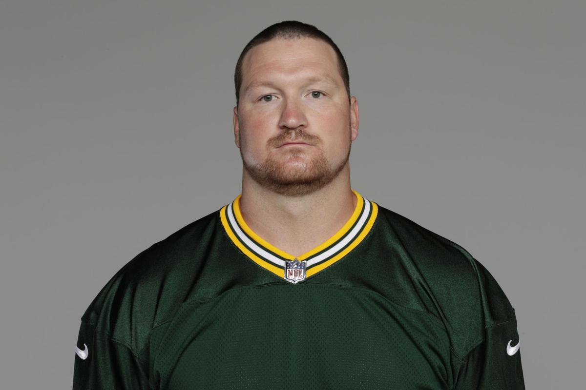 Packers Injured offensive lineman Bryan Bulaga s to work on