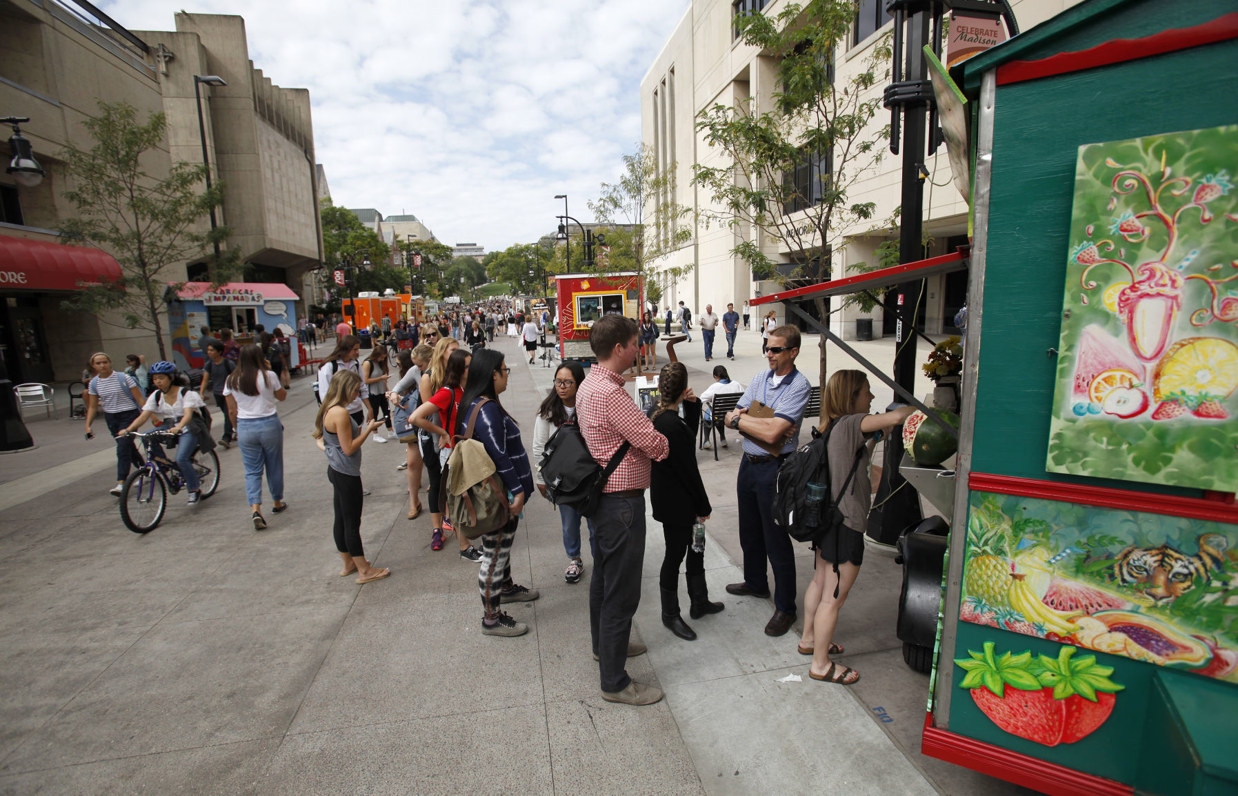 Proposed Zoning Changes Would Allow Madison Food Carts To Operate On