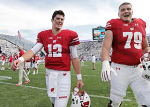 Badgers football film room: Wisconsin right tackle David Edwards emerging into a star
