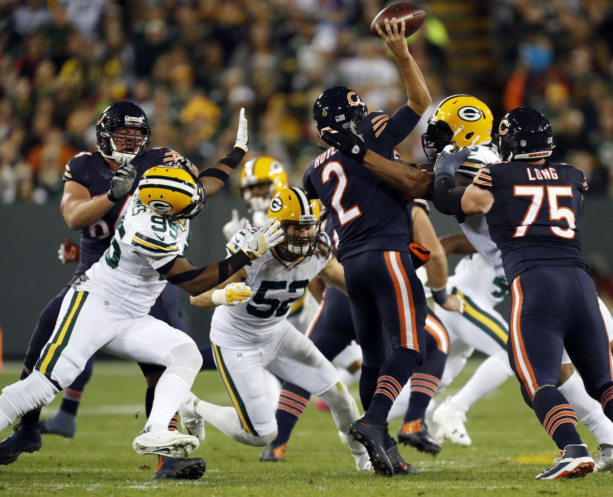 Packers Clay Matthews fined for play that broke arm of Bears QB