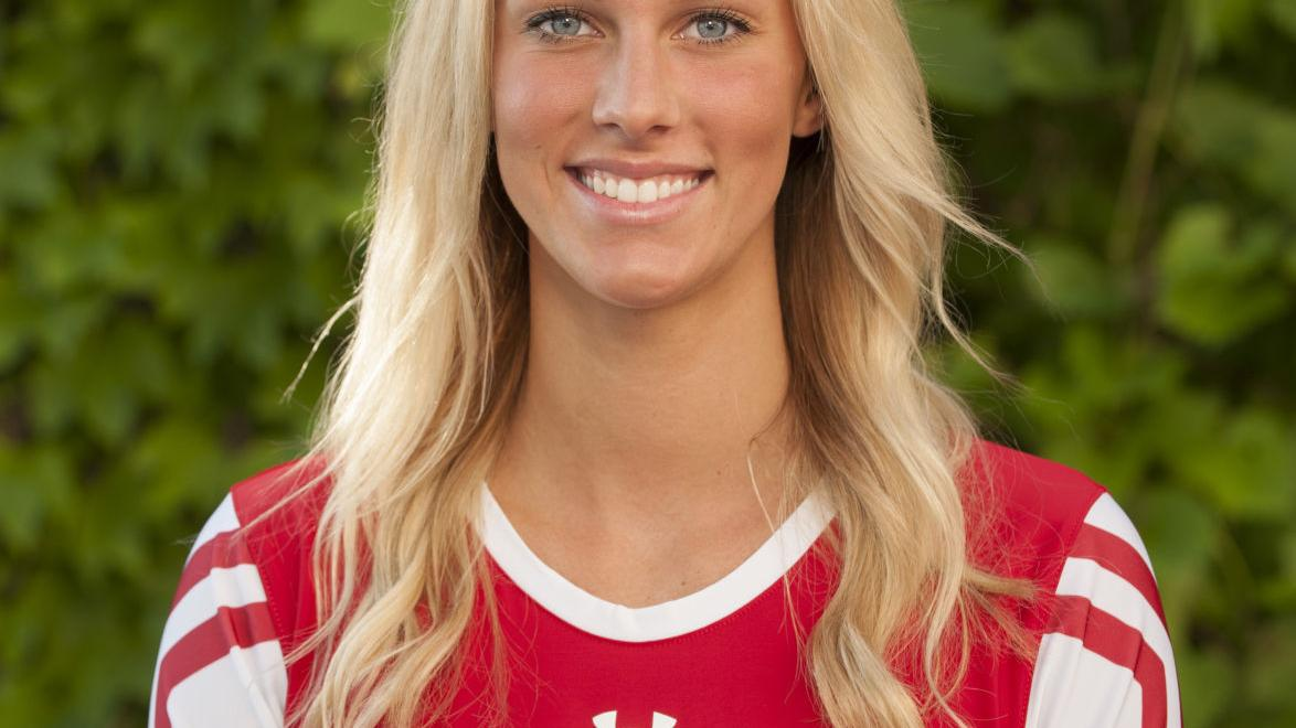 Badgers volleyball: 2-set lead not enough in loss at Nebraska
