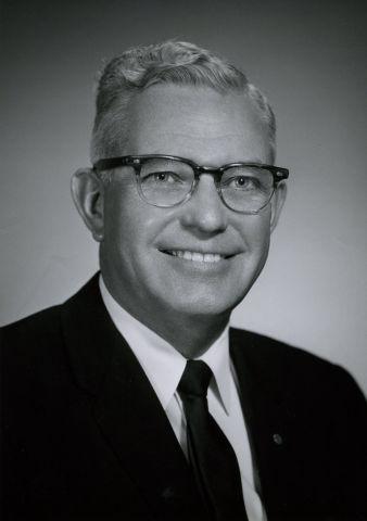 Henry Reynolds