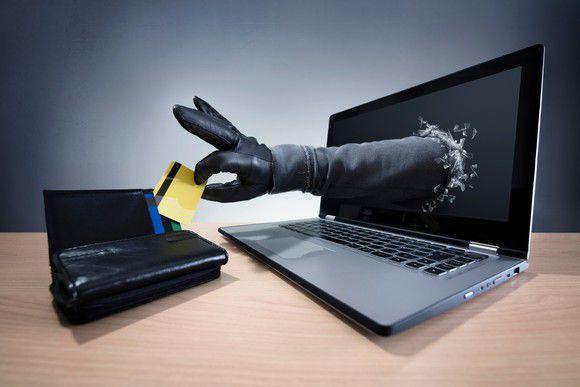 How do credit card companies spot fraud business markets and how do credit card companies spot fraud colourmoves