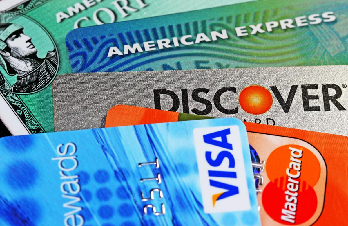 How much does the average household that carries credit card debt ...