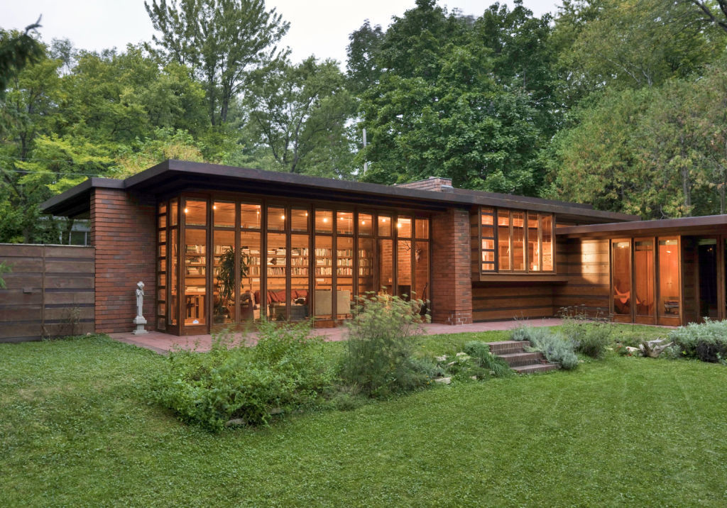 Frank lloyd wright buildings in madison spring green for Frank lloyd wright usonian home plans