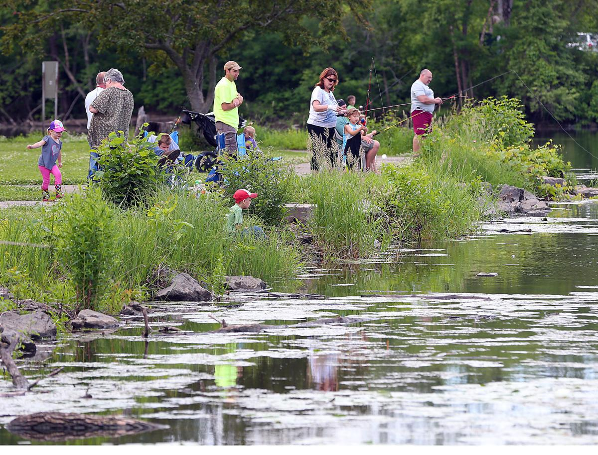 Outdoors fishing contest kicks off may 6 outdoors for Wi fishing season